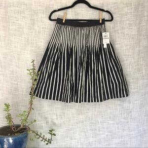 NWT Amanda Chelsea Black White Stripe Flare Skirt